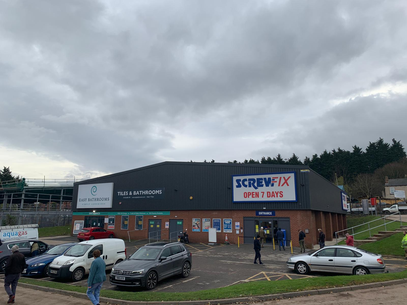 new screwfix barnsley retail park
